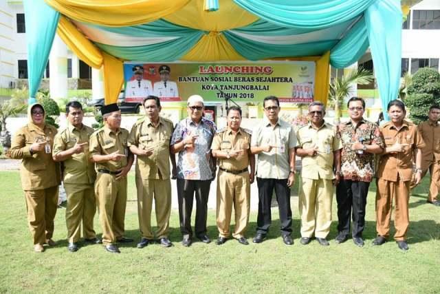 Wakil Walikota Tanjungbalai Launching Pendistribusian Bansos Rastra Tahun 2018