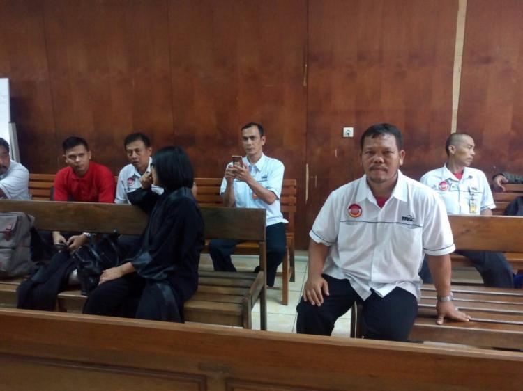 KPBI Minta Hakim Bebaskan Dua Buruh Terdakwa Pencemaran Nama Baik dalam Bipartit