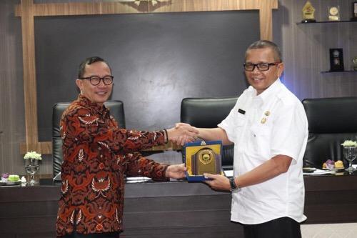 Sharing e-Katalog Lokal, Pemkab Ogan Kemering Ulu Sambangi Pemko Medan