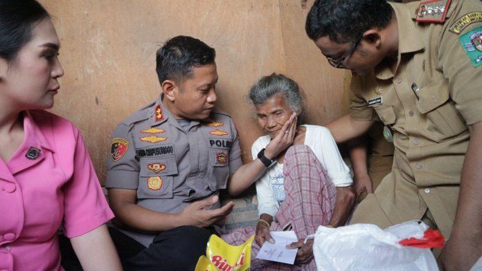 Kapolres Simalungun Giat Kunker, Berikan Tali Asih untuk Warga di Wilayah Hukumnya