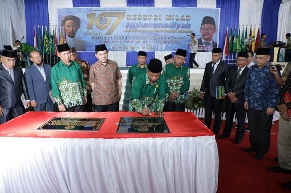 Hadiri Milad Muhammadiyah ke-107 Tingkat Kabupaten Asahan, Bupati: Mari Jaga Persatuan dan Kerukunan