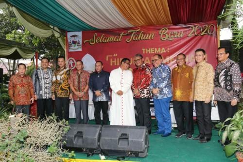 Plt Walikota Medan Hadiri Acara Open House Uskup Agung Medan