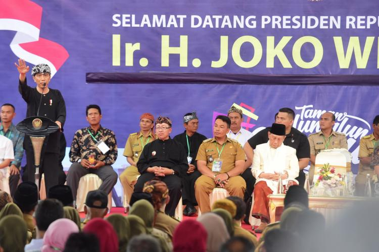 Apresiasi Alun-Alun Kabupaten Cianjur, Presiden: Bisa Jadi Inspirasi Bagi Kota/Kabupaten Lain