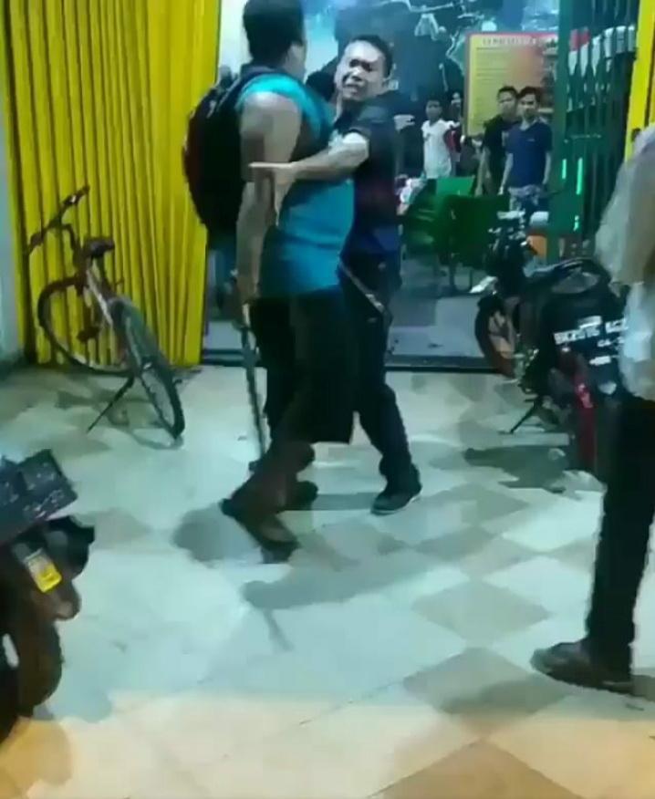 Polisi Buru Pelaku Pembacokan Operator Warnet di Jalan Setiabudi Medan
