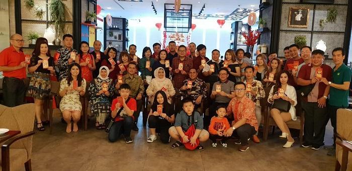 Gubsu dan Wagubsu Merayakan Imlek Bersama Keluarga Besar Generasi Marga Zhang
