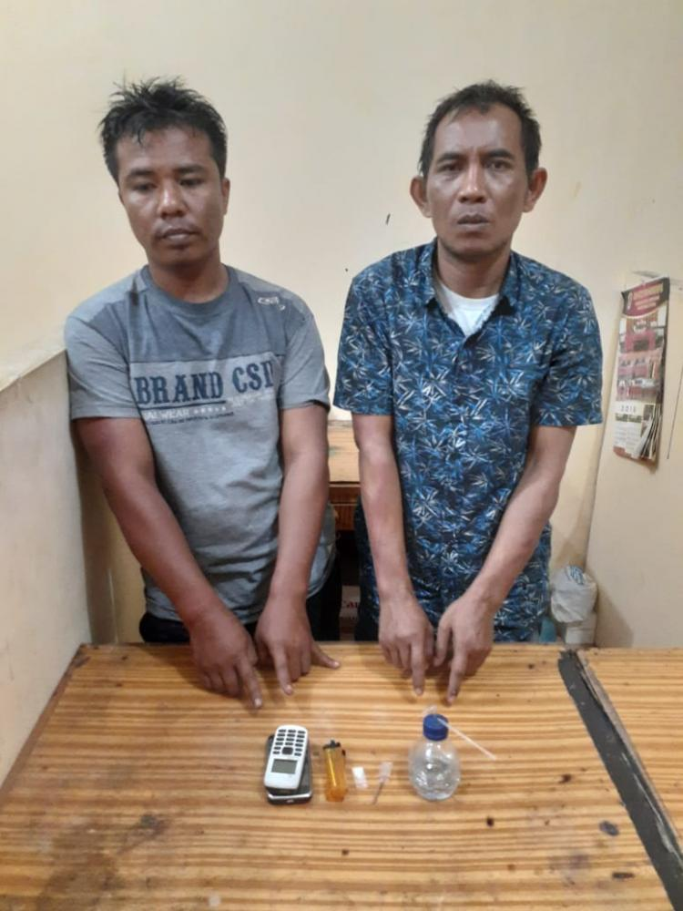 Lagi Konsumsi Sabu, Dua Pria Ini Dicokok Jajaran Polresta Deli Serdang