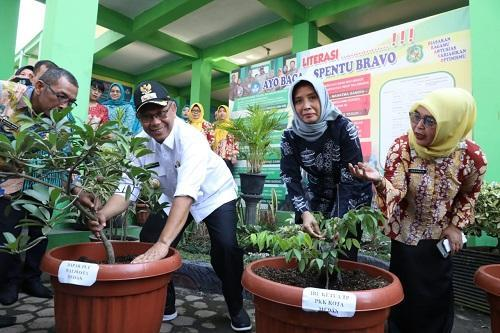 SMP Negeri 7 Medan Menuju Sekolah Adiwiyata, Ini Pesan Akhyar Nasution