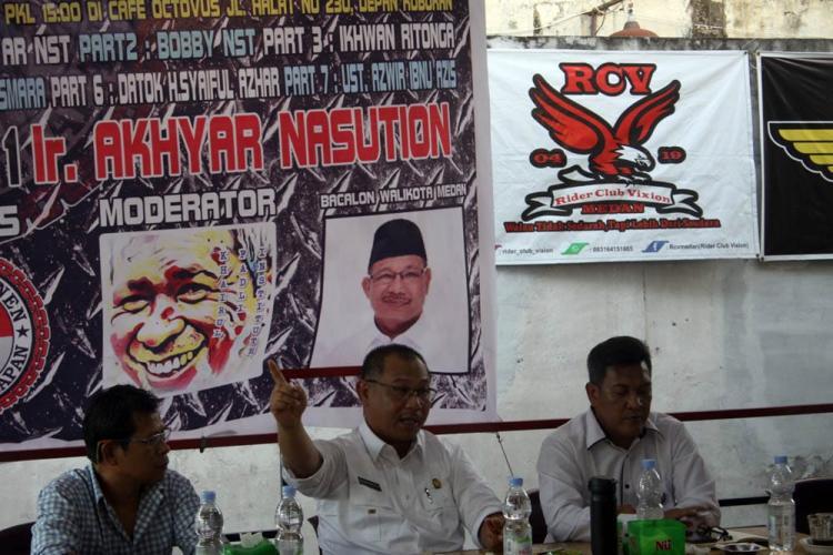 Diundang Via Messenger Facebook, Akhyar Penuhi Undangan Lintas Xponen 98
