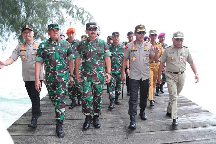 Panglima TNI dan Kapolri Tinjau Lokasi Observasi WNI di Pulau Sebaru