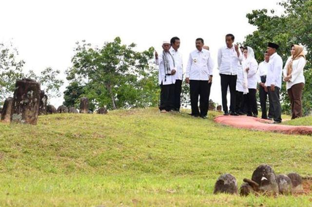 Kunjungi Makam Mahligai, Jokowi Katakan Indonesia dan Timur Tengah Miliki Hubungan Sejarah