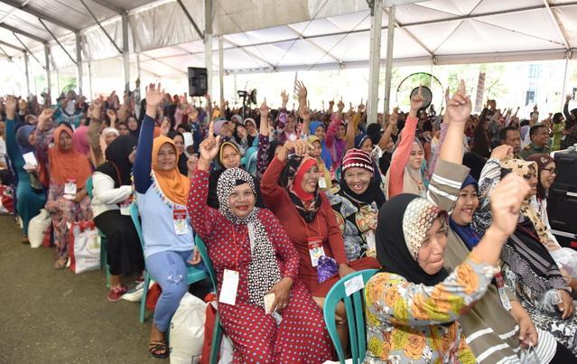 Presiden Jokowi Berharap Angka Kemiskinan Turun di Bawah 10 Persen