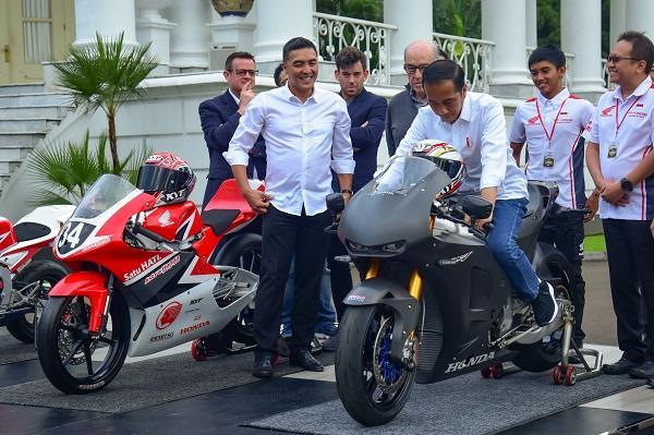 Bertemu CEO Dorna, Presiden Jokowi Sampaikan Kesiapan Indonesia Gelar MotoGP 2021