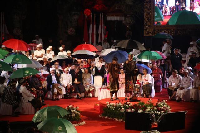 Bukan Perang, Presiden Jokowi: Pemilu Itu Pesta Demokrasi, Sambut dengan Gembira