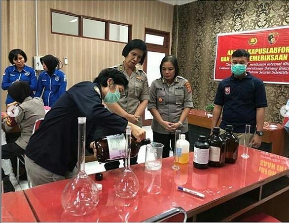 Polda Sumut Racik Hand Sanitizer untuk Personil, Cegah Penularan Virus Corona