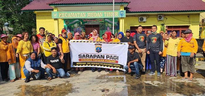 Satreskrim Polrestabes Medan Sarapan Pagi bersama Petugas Pakaian Kuning