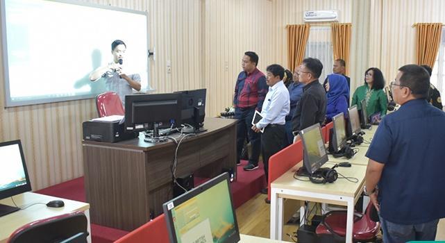 Unimed Resmikan Laboratorium Bahasa Multimedia Canggih Berstandar Internasional