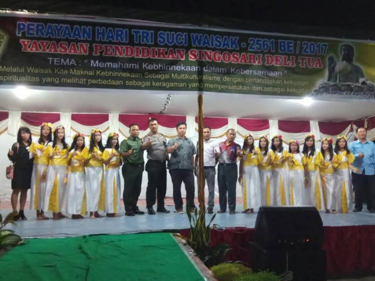 Yayasan Pendidikan Singosari Delitua Rayakan Hari Tri Suci Waisak 2561 BE/2017