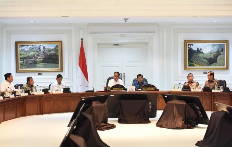 Gelar Ratas Persiapan, Presiden Berharap Masyarakat Jalankan Ibadah Ramadhan Dengan Nyaman