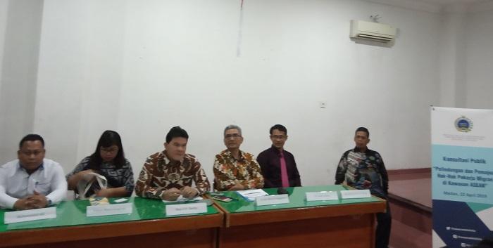 Kemlu RI dan Dirjen Kerjasama ASEAN Gelar Konsultasi Publik tentang Isu Pekerja Migran Indonesia di Kampus USU