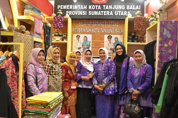 Pemko Tanjungbalai Tampilkan Kerajinan Batik Kito di Ajang Inacraft 2019