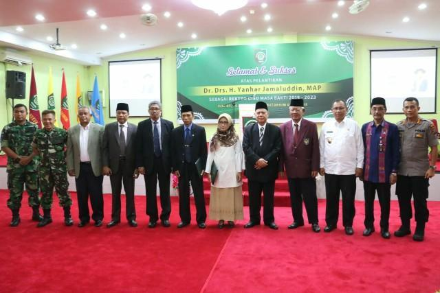 Wakil Walikota Medan Hadiri Pelantikan Rektor UISU
