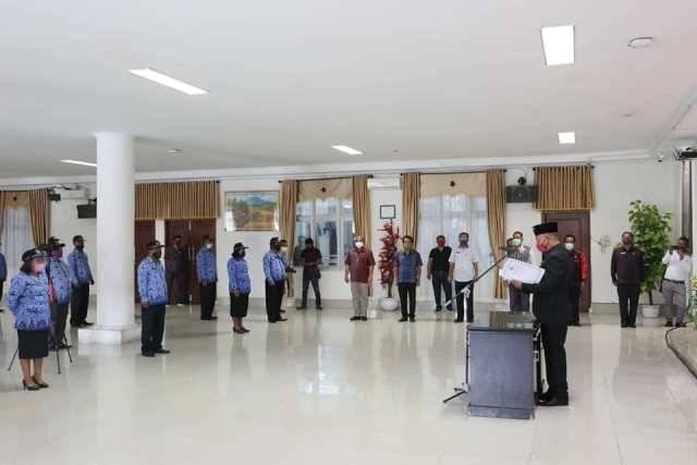 Lantik 34 Kepala Sekolah SD dan SMP, Bupati Taput: Sekolah Harus Mampu Lari Meraih Prestasi