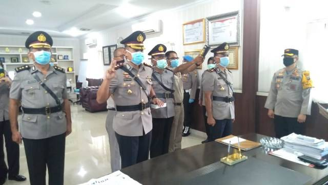 Kapolrestabes Medan Sertijab Kasat Reskrim AKBP Maringan Simanjuntak kepada AKBP Ronny Sidabutar