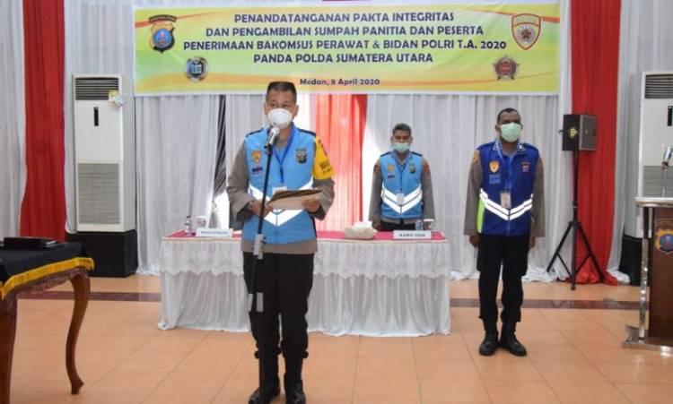 Wakapolda Sumut Pimpin Seremoni Penandatanganan Pakta Integritas dan Pengambilan Sumpah Bintara Polri Kompetensi Khusus Perawat dan Bidan TA 2020