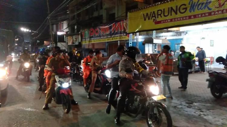 Cegah Penyebaran Virus Corona, Polsek Medan Baru Patroli di Malam Hari