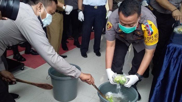 Kapolres Tanjungbalai Pimpin Pemusnahan Narkotika, Sabu Oplosan Ikut Dimusnahkan