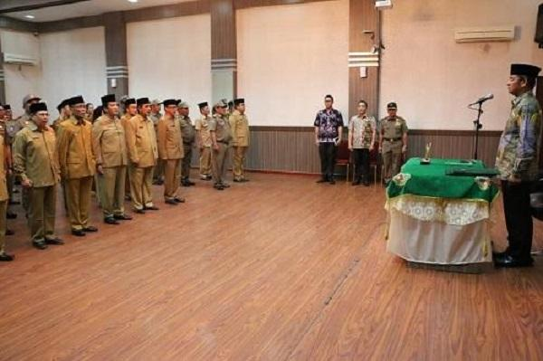 Lantik 50 Orang Pejabat Eselon III dan IV, Wali Kota Medan Minta Pejabat Bekerja Keras, Tuntas dan Ikhlas