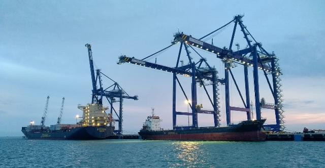 Kapal Temas Line Jadikan Pelabuhan Kuala Tanjung sebagai Transhipment Port