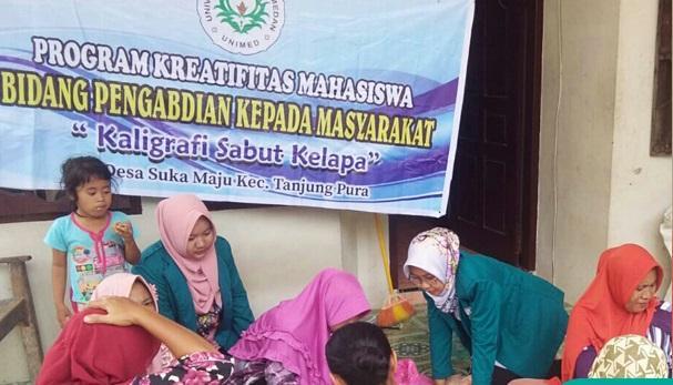 Tingkatkan Ekonomi Keluarga, Mahasiswa Unimed Beri Pelatihan IRT di Tanjung Pura
