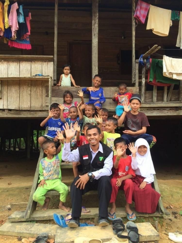 Aza El Munadiyan Sebut Nasib Anak-Anak Indonesia Miris, Minat Membaca Rendah dan Akses Buku Minim