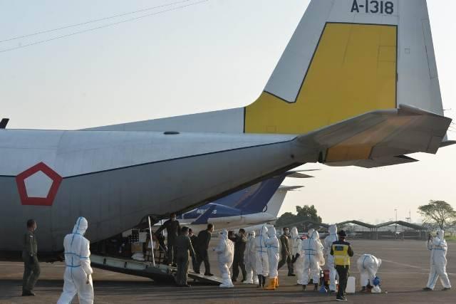 Naik Pesawat Hercules, Akhirnya 39 WNI dari Fiji Tiba di Tanah Air