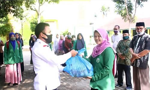 GTTP Covid-19 Sumut Salurkan Bantuan 1.892 Paket Sembako untuk Mahasiswa