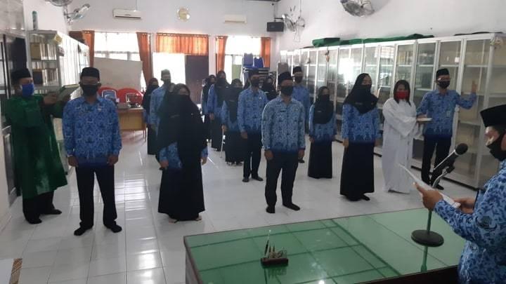 Sumpah Jabatan Kakankemenag Asahan Diikuti 33 Orang PNS Fungsional