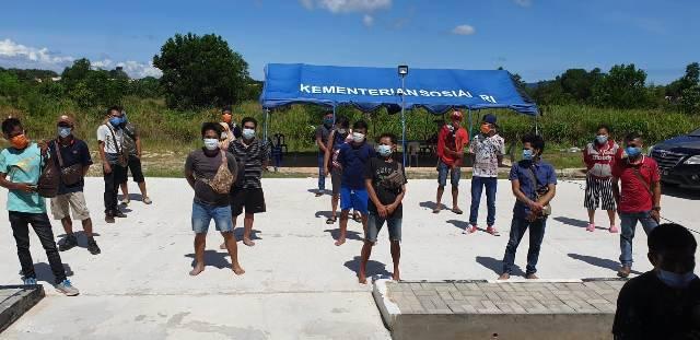 Ada Balita Diantara 19 Pekerja Migran yang Pulang ke Indonesia secara Ilegal dari Batam