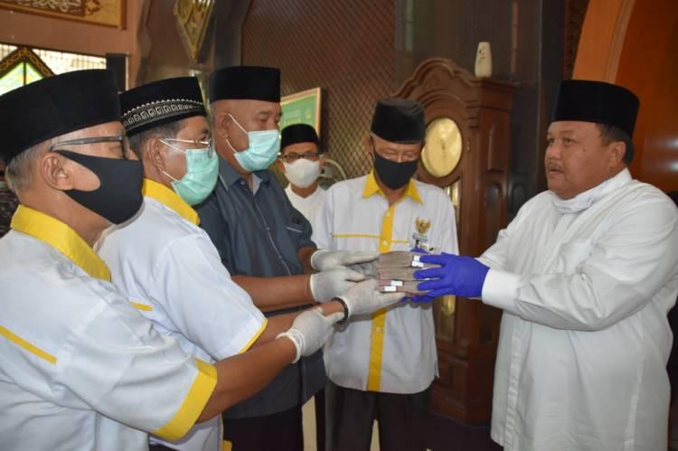 Zakat Harta Wali Kota Sibolga Syarfi Hutauruk Senilai Rp 75 Juta Rupiah Diserahkan ke Baznas