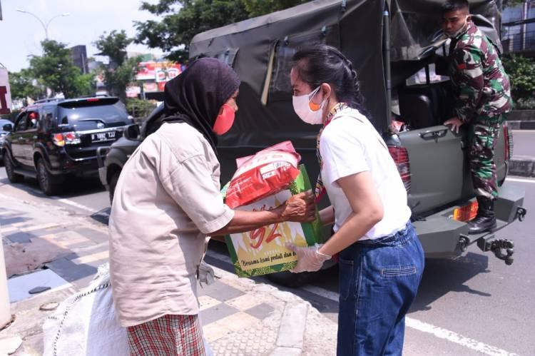 Persada Akmil 92 Peduli Perangi Pandemi Covid-19 Bantu Masyarakat Kurang Mampu