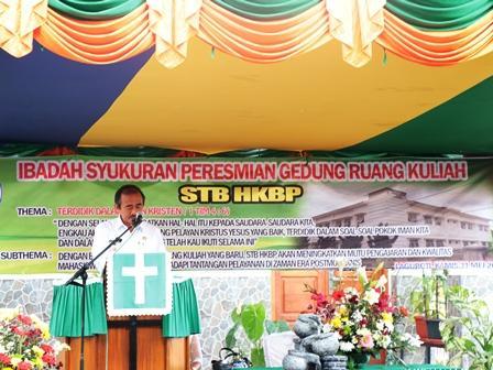 Gedung Ruang Kuliah Sekolah Tinggi Bibelvrouw HKBP Diresmikan
