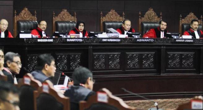 MK Tolak Gugatan Pasangan Calon Presiden/Calon Wakil Presiden Prabowo-Sandi