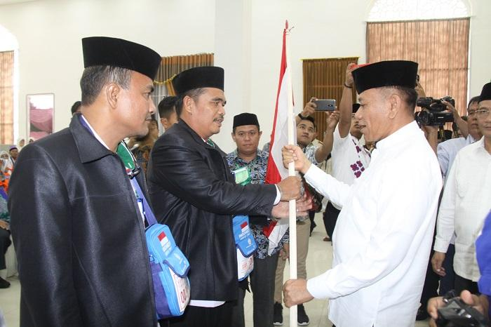 Kloter Pertama Jamaah Calon Haji Embarkasi Medan Dilepas Pj Gubsu