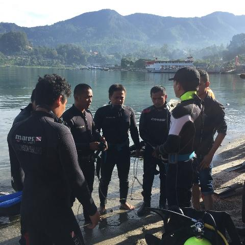 Tim SAR Akhirnya Temukan Jasad Wisatawan Tenggelam di Danau Toba