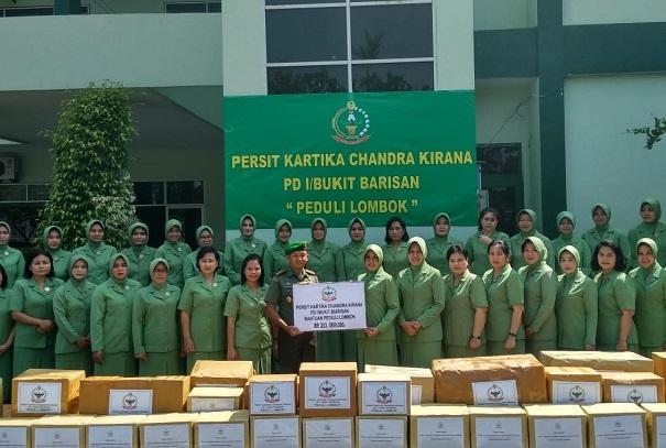 Peduli Terhadap Sesama, Persit KCK PD I/BB Beri Bantuan Korban Gempa Lombok