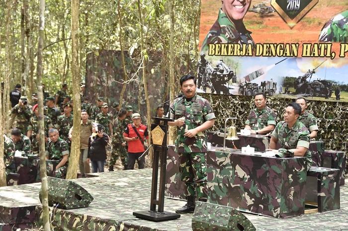 Panglima TNI Saksikan Latihan Puncak Kartika Yudha 2019