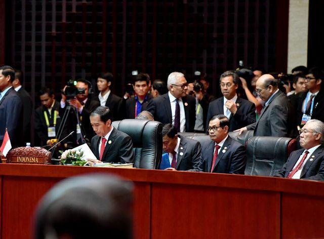 Presiden Jokowi: Kita Tidak Dapat Biarkan Negara Besar Mengatur Stabilitas Wilayah Sekitar ASEAN