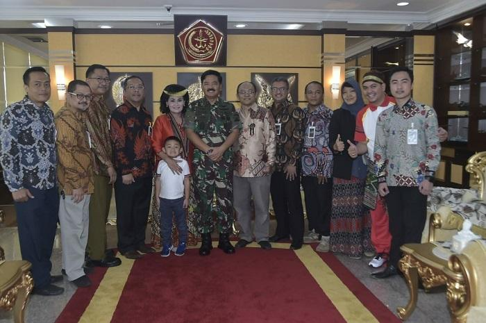 Panglima TNI Terima Audensi Pengurus IABIE