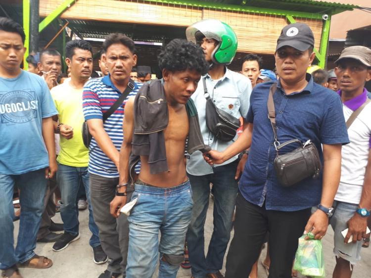 Gagal Beraksi, Seorang Pencuri Sepeda Motor Diamuk Massa di Jalan AR Hakim Medan