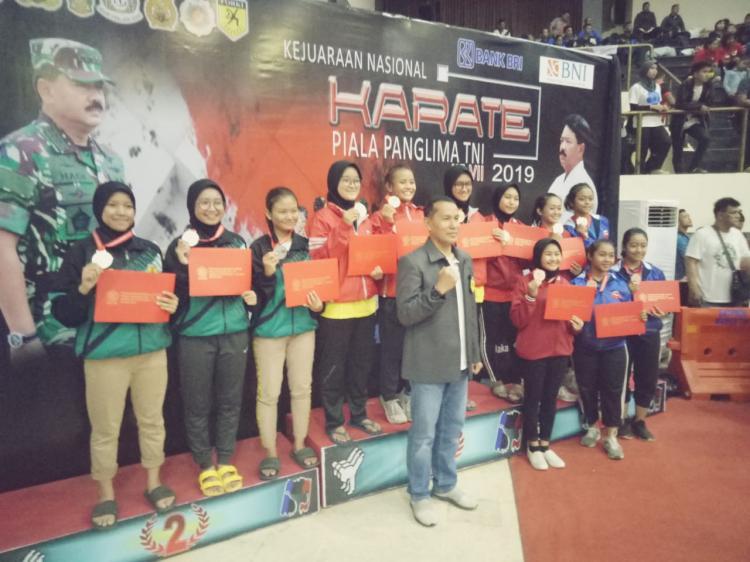 Kapusjaspermildas Saksikan Kejurnas Karate Panglima TNI VII
